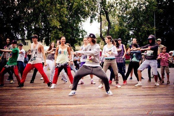 Бесплатный мастер-класс по уличным танцам