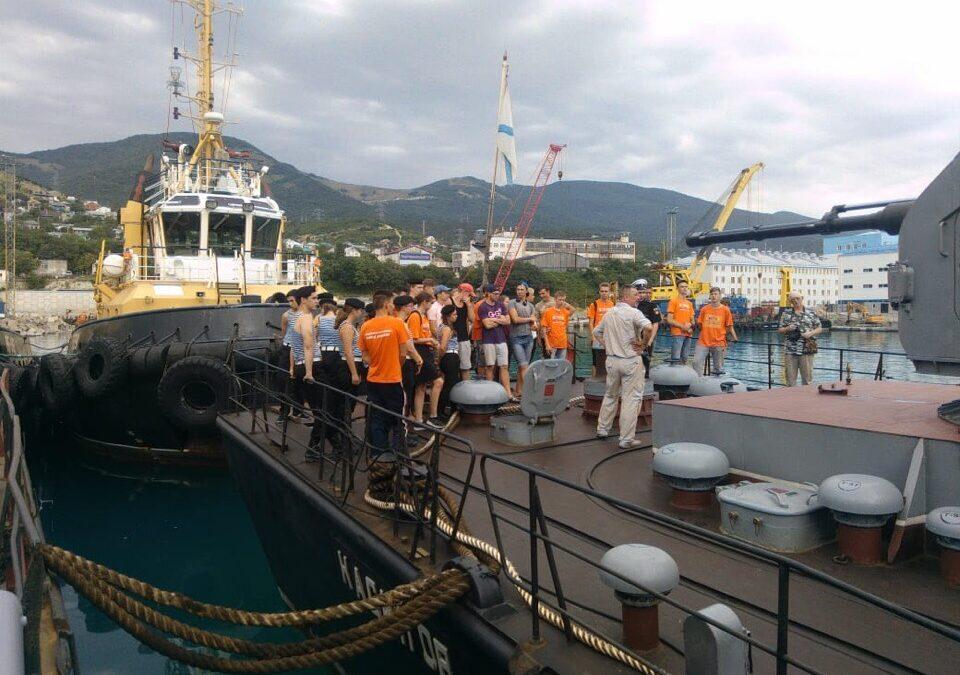 Армавирские юнармейцы побывали на «Морской зарнице»