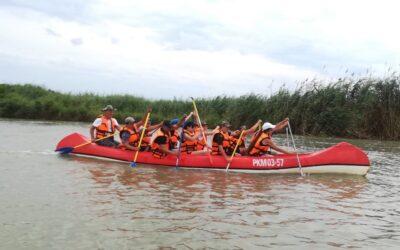 Армавирская молодёжь сплавилась по реке в Азовское море!