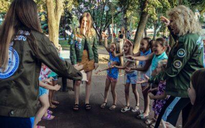 Студенты СТО на дворовых площадках