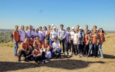 Волонтёры Армавира помогли провести Крестный ход