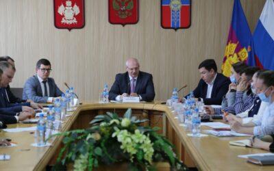 Рабочая встреча замминистра образования Кубани Сергея Урайкина в Армавире